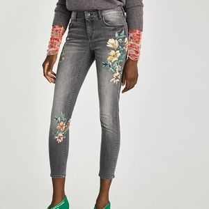 Zara Floral Skinny Crop Jeans